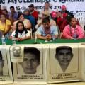 padres de los normalistas de Ayotzinapa desaparecido