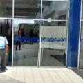 vidrio ub-Dirección Administrativa de la DSyTM.