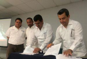 Firma del Convenio de Colaboración entre la Secretaría de Economía e ITES de Los Cabos.