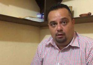 Salvador Almanza, delegado regional del Sindicato de Gastronómicos.