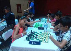 Con la participación de 130 jugadores dos de ellos personas con discapacidad, se llevó a cabo el Torneo de Ajedrez en el marco de las Fiestas Patronales Cabo San Lucas 2017
