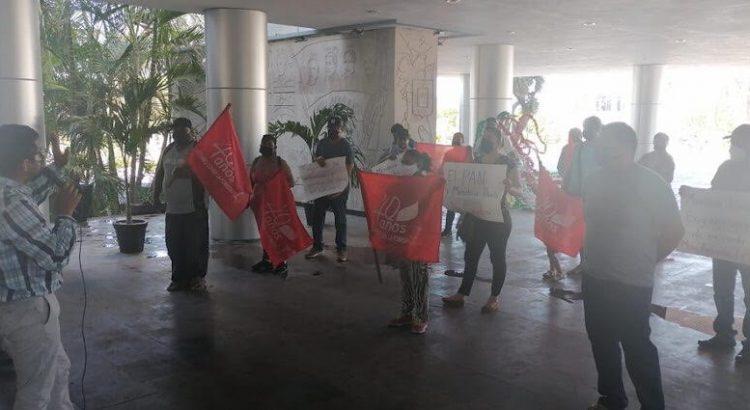 Se manifestaron antorchistas en Palacio de Gobierno