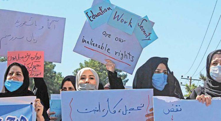 Defienden afganas sus derechos